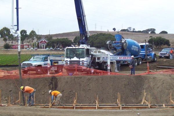 Don Chapins concrete pumping service