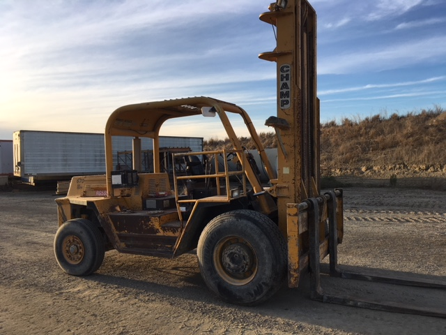 Champ forklift right side